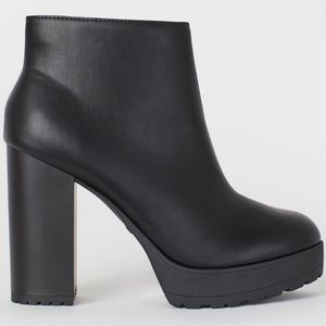 """4"""" inch Leather Platform Side Zip Ankle Boots"""